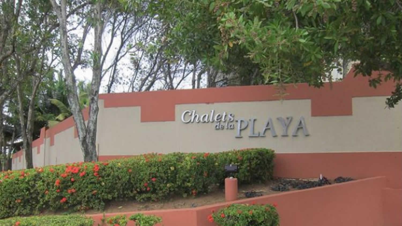 Vega Baja, Puerto Rico, 3 Bedrooms Bedrooms, ,2 BathroomsBathrooms,Apartment/Condo,Available,1044