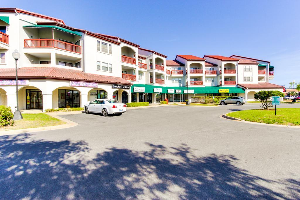 Panama City Beach, Florida, 1 Bedroom Bedrooms, ,1 BathroomBathrooms,Apartment/Condo,Currently Occupied,1046